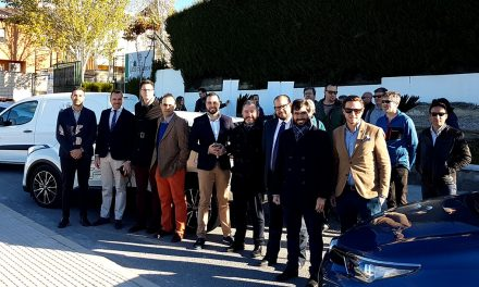 'Caravana de coches eléctricos' de Úbeda a Granada, impulsada por el Instituto de Los Cerros