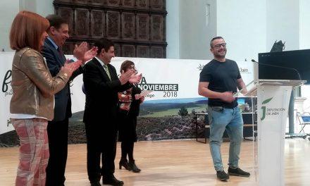 La V Fiesta del Primer Aceite homenajea al cocinero Pedro Sánchez, de Bagá, primera estrella Michelín de la provincia