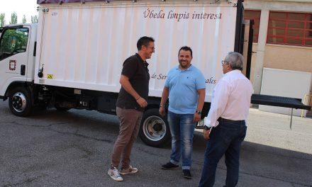 El Ayuntamiento de Úbeda adquiere un nuevo camión destinado al servicio de recogida de muebles y enseres