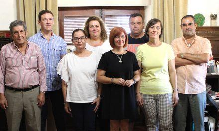 Antonia Olivares recibe a los alcaldes pedáneos