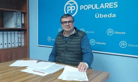 """PP de Úbeda critica que la concesión de Hijo Predilecto sólo esté """"en tela de juicio de los 16 concejales socialistas"""""""