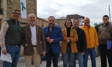 PP de Úbeda inicia una campaña de recogida de firmas a favor del sector del olivar y del aceite de oliva