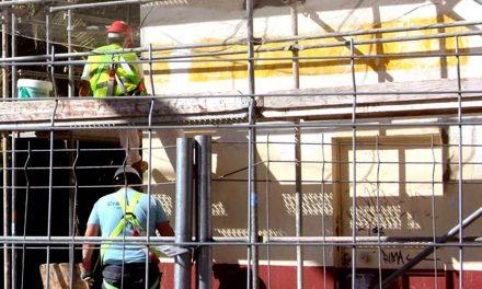 La Consejería de Fomento reactiva el programa  de ayudas para la autoconstrucción de viviendas