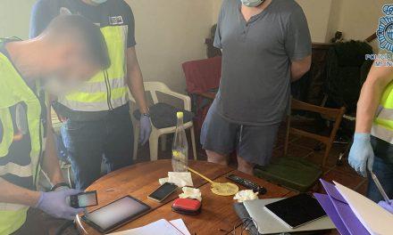 SUCESOS | La Policía Nacional detiene a un hombre por corrupción de menores a través de las redes sociales