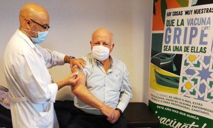 Continúa la campaña de vacunación antigripal para el resto de grupos de riesgo en Andalucía