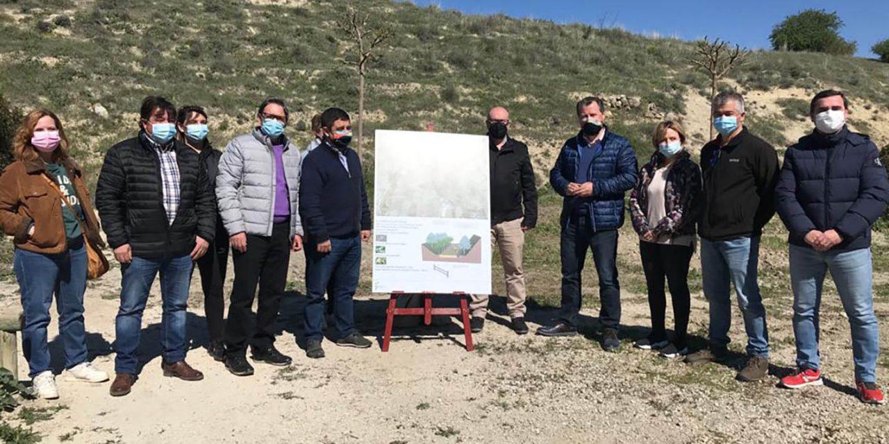 Diputación conmemora el Día Internacional de los Bosques con una plantación de árboles en las vías verdes