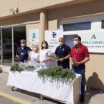 El Hospital de Úbeda reparte 2.000 plantas para conmemorar el Día del Medio Ambiente
